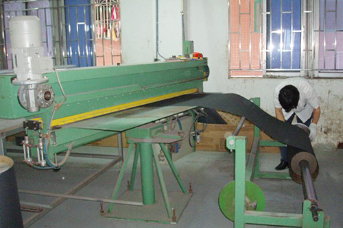 工厂机器-大裁切机
